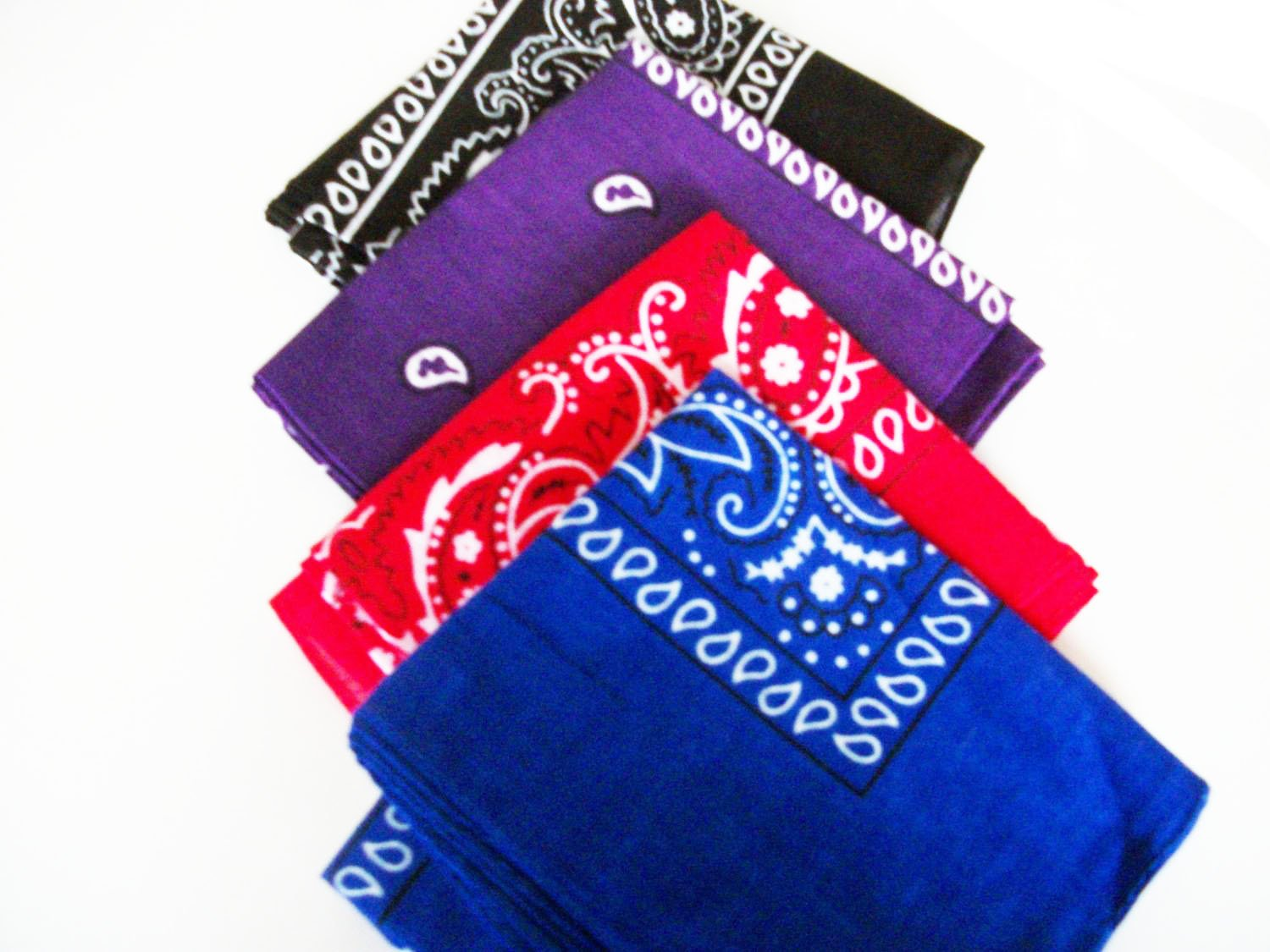 Four Pack Paisley Design Bandanas black purple blue red. fast post Unknown