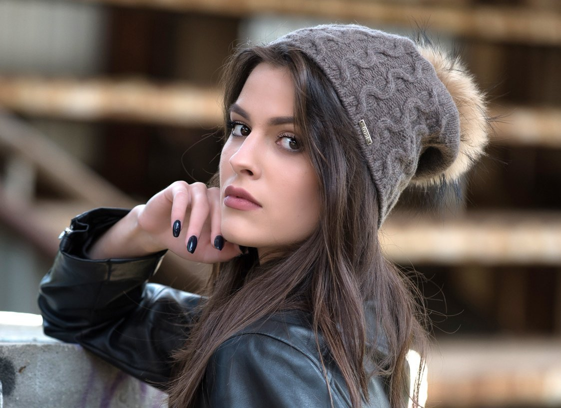Frost Hats Cashmere Cable Hat with Detachable Genuine Fox Fur Pom CSH-735SRN (Charcoal2) by Frost Hats (Image #3)