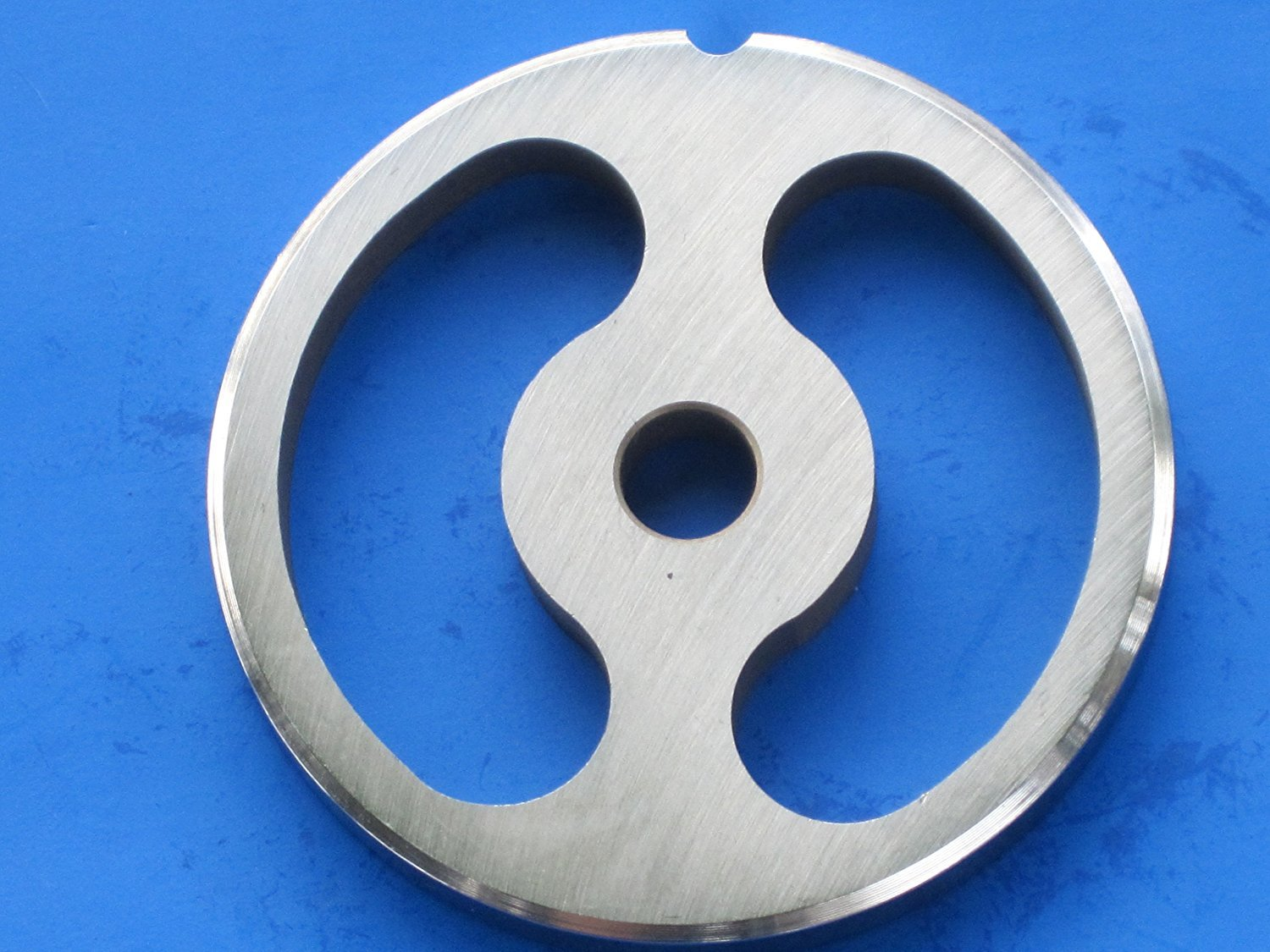 #12 size Kidney shaped Sausage Stuffing plate for Hobart, LEM, Cabelas, TorRey, MTN Meat Grinders. Stainless steel disc = no rust! by Smokehouse Chef CECOMINHK02818