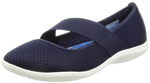 3b1c7b7dd Crocs Women s Swiftwater Flat  Amazon.ca  Shoes   Handbags