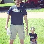 Amazon.com: Regional Manager/Assistant Combo Camisas de bebé ...