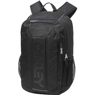 2db623218d2 Amazon.com  Oakley Men s Enduro 20L 3.0 Backpack