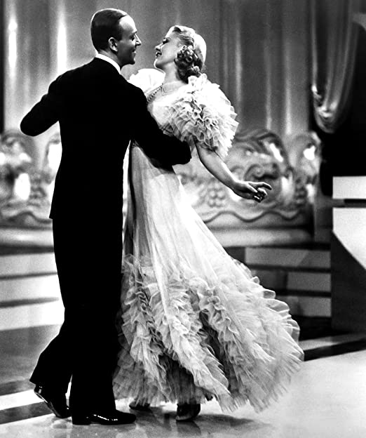 Amazon Com Posterazzi Evcmbdswinec019h Swing Time Fred Astaire Ginger Rogers 1936 Impresion Fotografica 3 1 X 3 9 In Home Kitchen