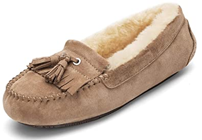 7d0c2b6f167 Newbely Women's Genuine Leather Moccasin Slippers Lined with Natural Wool  (5-10 M US)