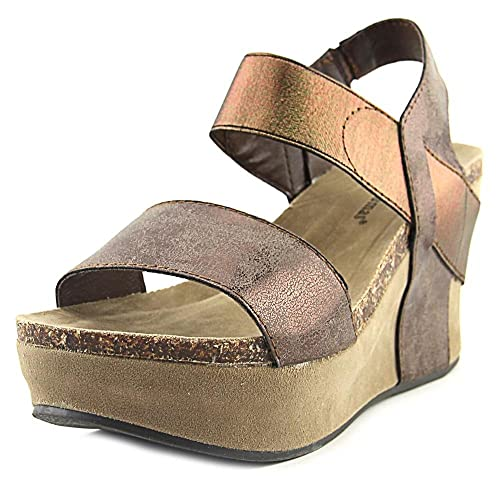 d7aa2026f32 Pierre Dumas Women's Hester-1 Wedge Sandals