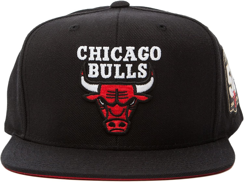 Mitchell & Ness – Gorra de los hombres Chicago Bulls 50th año ...