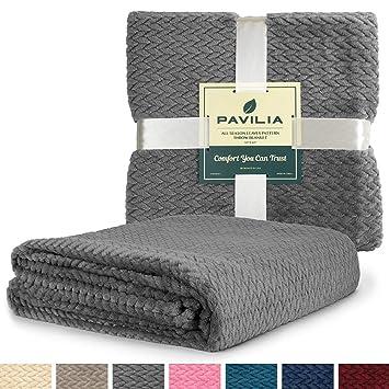 Amazon.com: PAVILIA - Manta suave de felpa para sofá | Manta ...