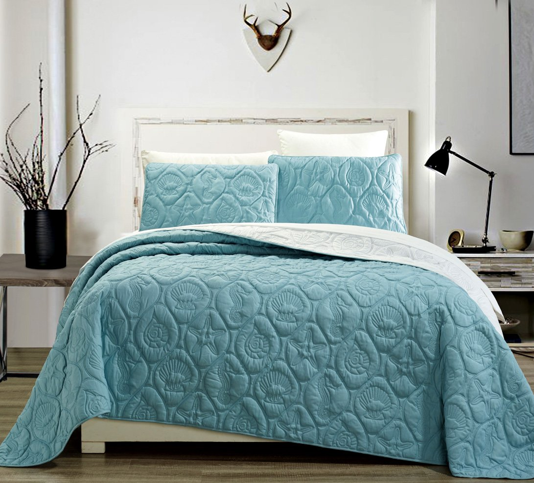 3-Piece Tropical Coast Seashell Beach QUEEN / FULL Oversize OVERSIZE Bedspread SPA BLUE / WHITE Reversible Coverlet Embossed Bed Cover set. Sea Shells, Sea Horse, Starfish etc.