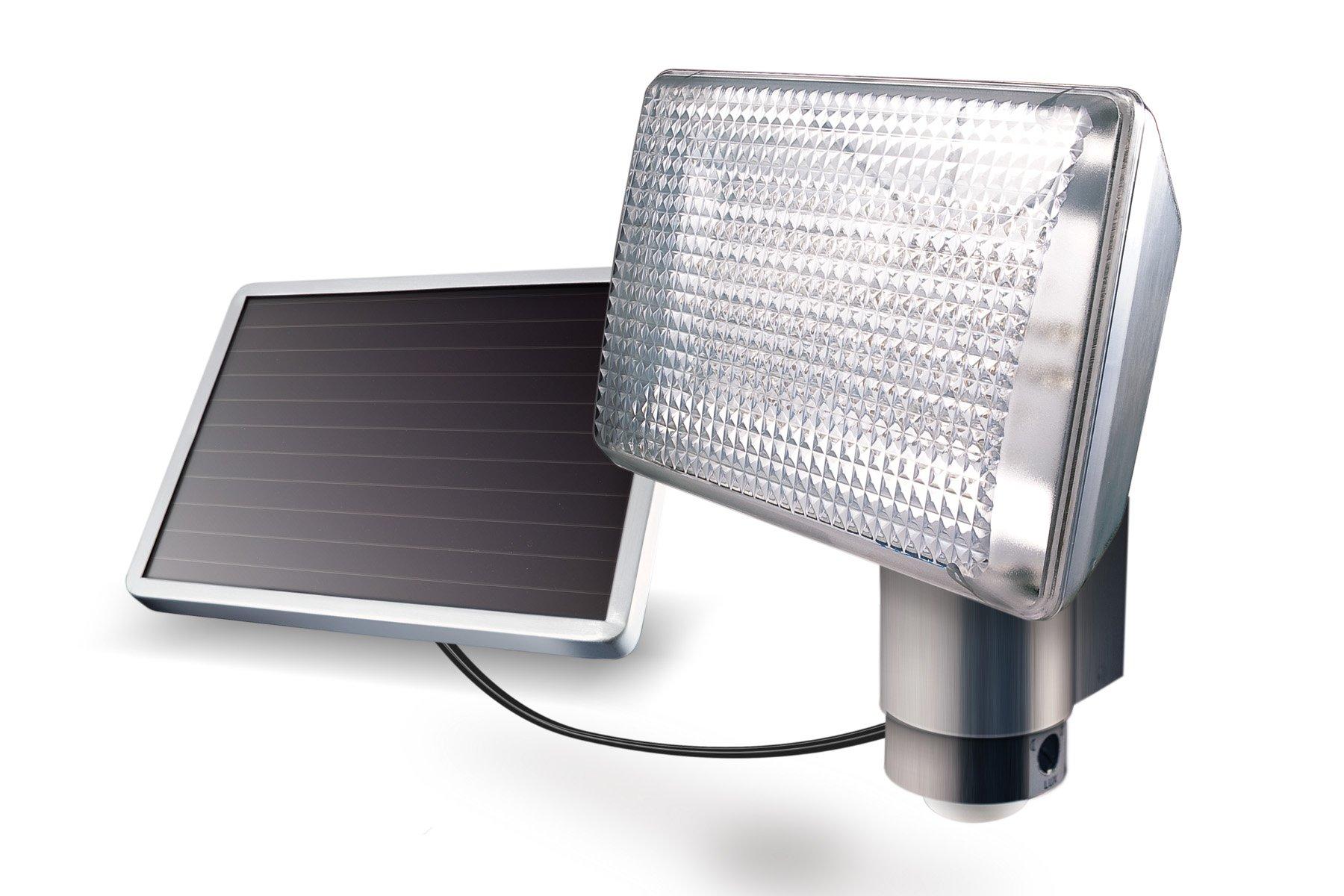MAXSA 80 LED Security Floodlight, Motion-Activated & Solar Powered Outdoor Light, Aluminum 40227