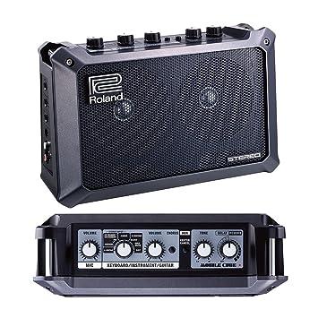 Amplificador estéreo Roland móvil que funciona con pilas negro para guitarra