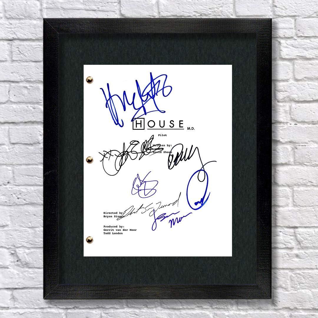 House M.D. TV Cast Autographed Signed Reprint 8.5x11 Script UNFRAMED - Hugh Laurie, Lisa Edelstein, Robert Sean Leonard