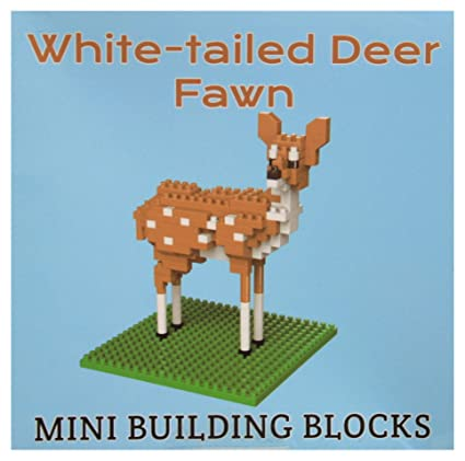 Amazon com: Impact Photographics White Tail Deer Mini Building