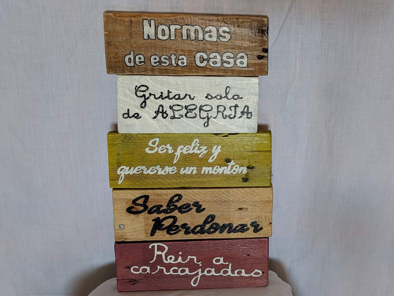 Cartel de madera con las Normas de la casa. Regalos ...