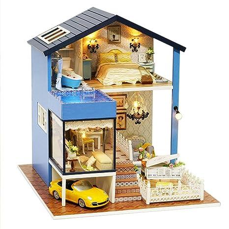 dc12e671e Decoración en miniatura modelo zycShang DIY casa de madera de Navidad hadas  decoración del hogar Casa