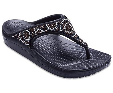 fe2bcdef444d crocs Sloane Embellished Flip- Beaded  Amazon.in  Shoes   Handbags