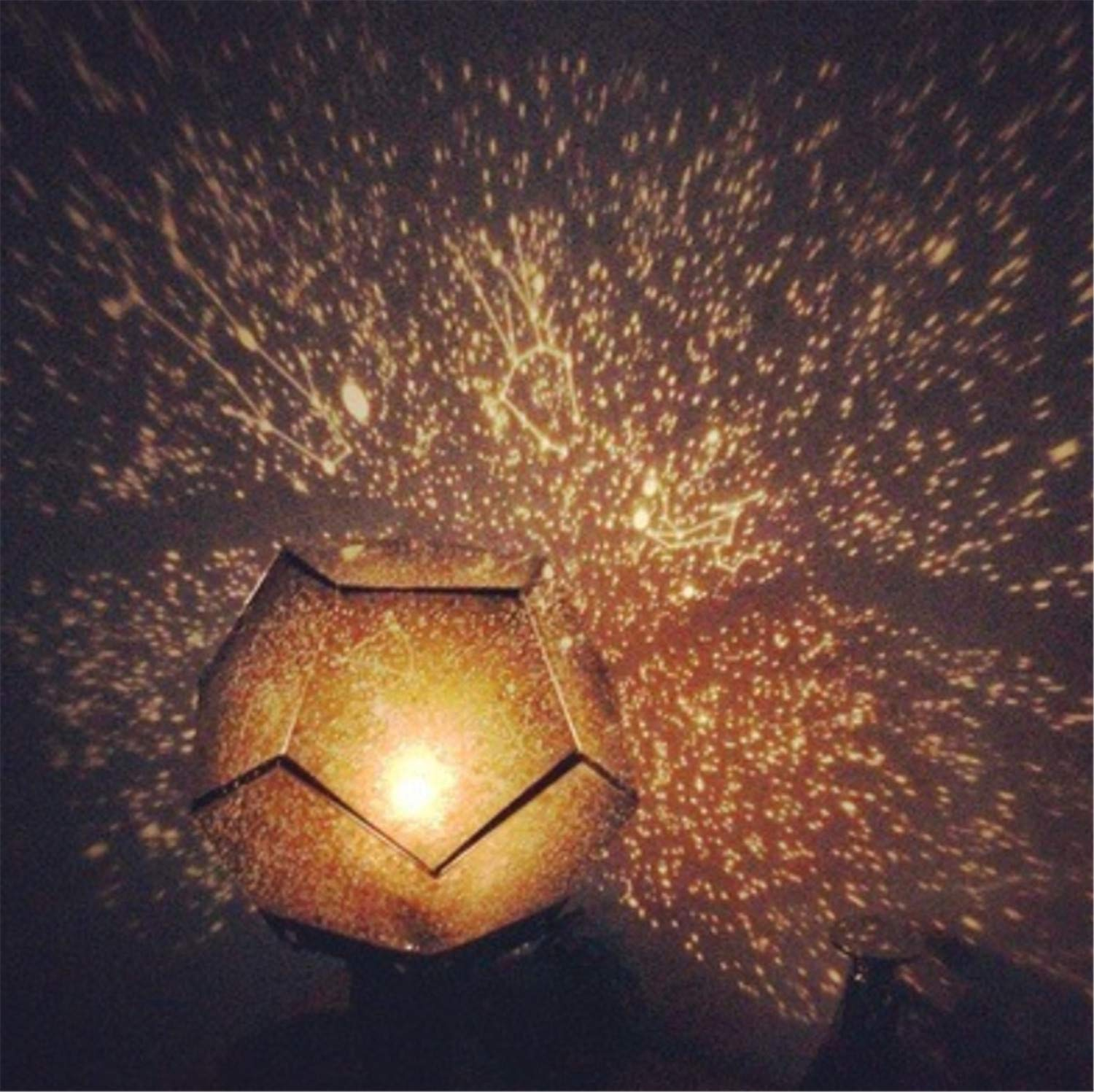 Amazon com elegence z projection lamp romantic four seasons star projector christmas eve christmas led night light white light sports outdoors