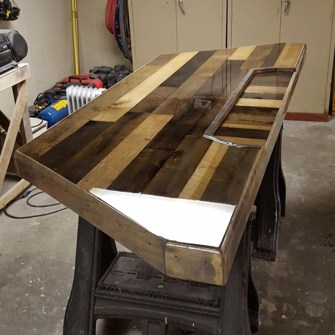 Crystal Clear Bar Table Top Epoxy Resin Coating For Wood ...