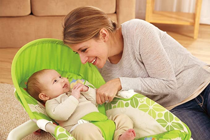 Jiada Newborn to Toddler Portable Rocker Bouncer with Selectable Vibrator Mode and Toys