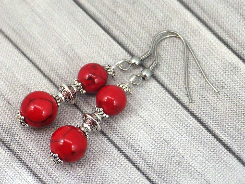 Chic and classic style Thurcolas dangling earrings in red reconstituted turquoise and stainless steel