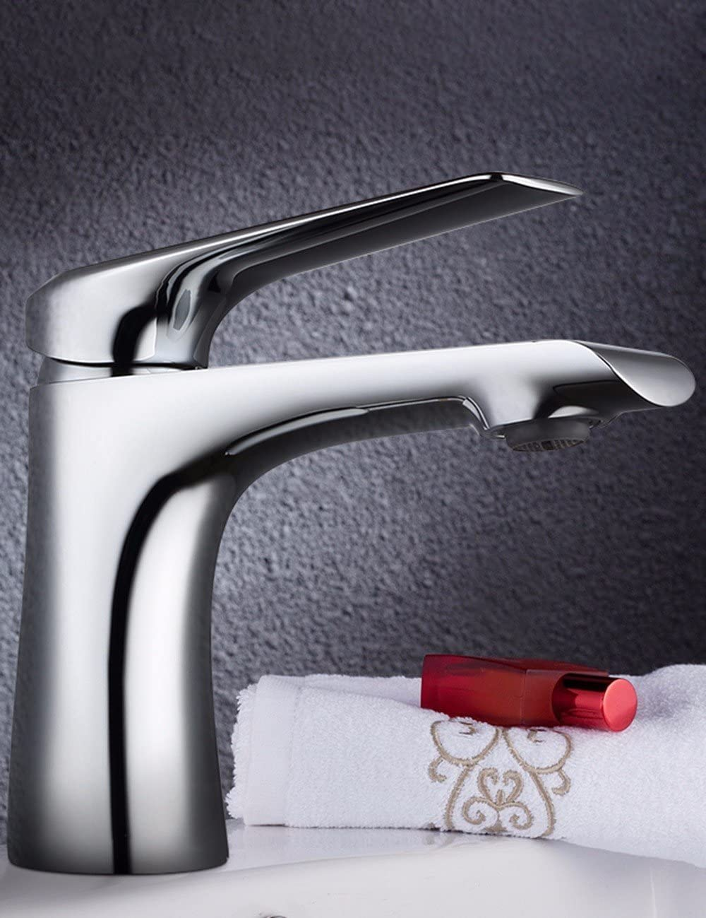 Antique Brass Swivel Spout Bathroom Sink Faucet One Handle Hole Basin Mixer Tap