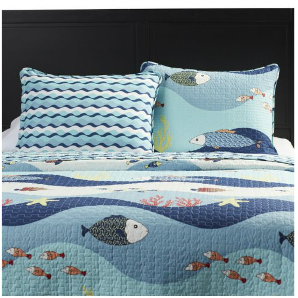 Lightweight Blue Seaside Ocean Print Quilt Set For Teens Boys & Girls Bedroom - Twin Size by Unknown