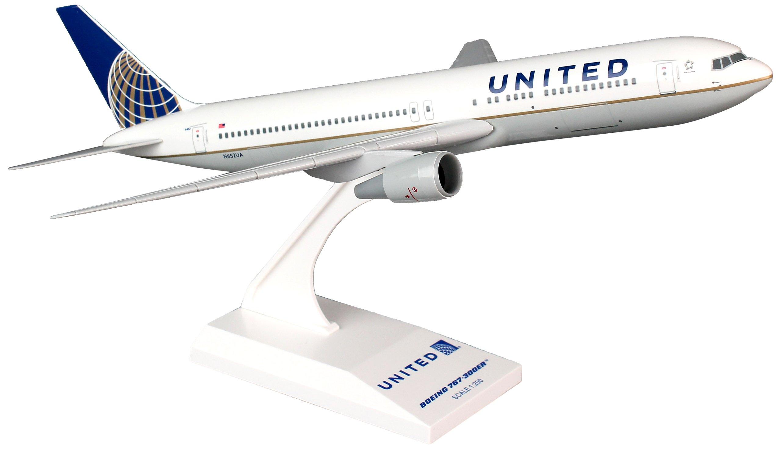 Daron Skymarks United 767-300 New Livery Model Kit (1/200 Scale)