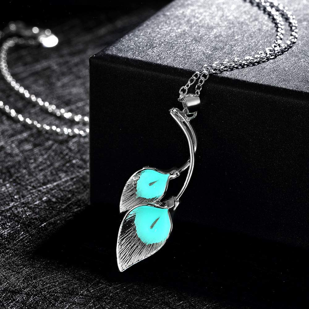 Women Elegant Home Luminous Necklace Creative Flower with Silver Pendants European and American Alloy Necklace (Color : Cyan) (Color : Blue)