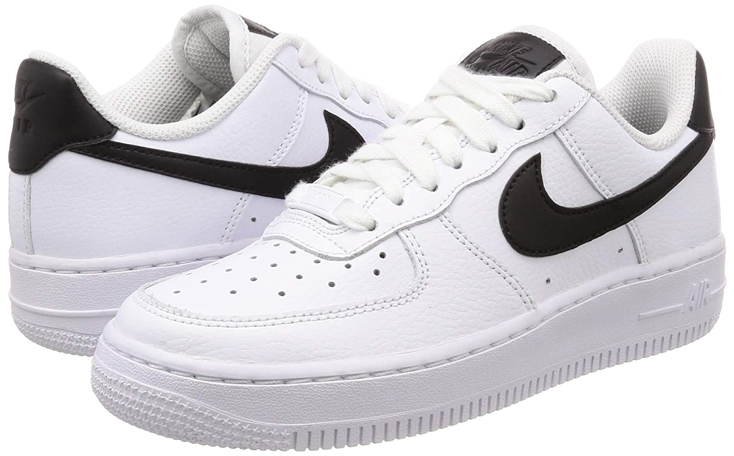 Nike Women/'s WMNS Air Force 1 07 Gymnastics Shoes