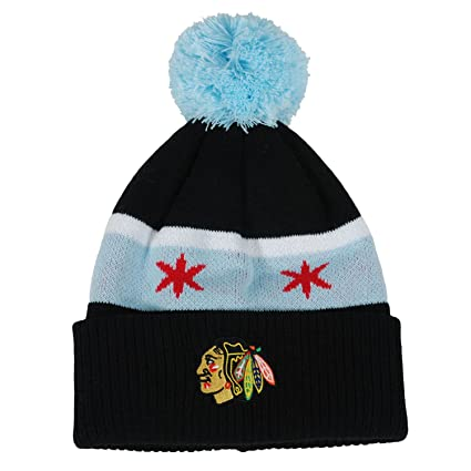 44afa1e597cea0 Image Unavailable. Image not available for. Color: Chicago Blackhawks Youth(8-20)  Chicago Flag Cuffed Knit Pom Hat NHL Official