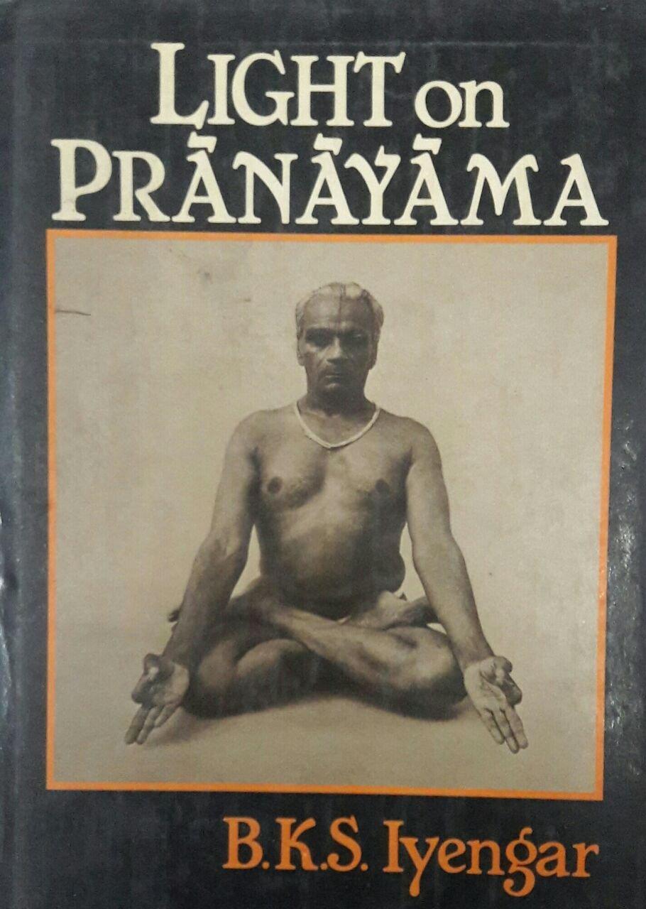 Light on Pranayama: Pranayama Dipika: Amazon.es: B. K. S. ...