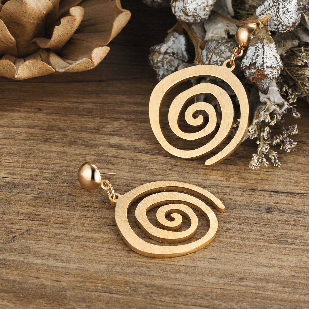 Design Hollow Out Human Face Leaf Shaped Dangle Stud Earring Set Gold Tone Hypoallergenic