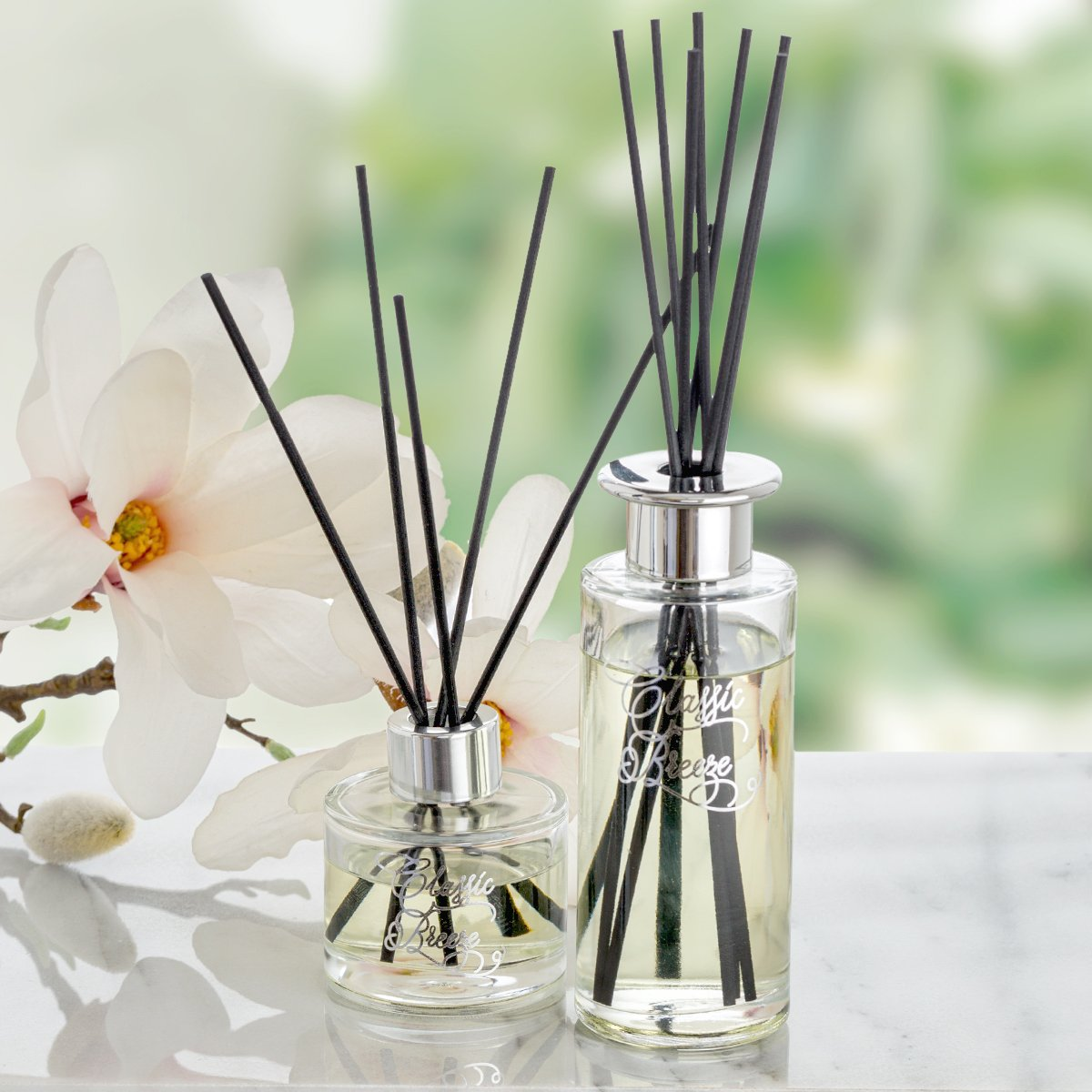 Creative Scents Classic Breeze Essential Oil Reed Diffuser Sticks in Gift Box, Aromatherapy-Grade Oils Blend, Natural Scented Diffusing Kit, Non-Toxic Home Spa Fragrance Diffuser Set, 150 ML/5 Oz. by Creative Scents (Image #3)