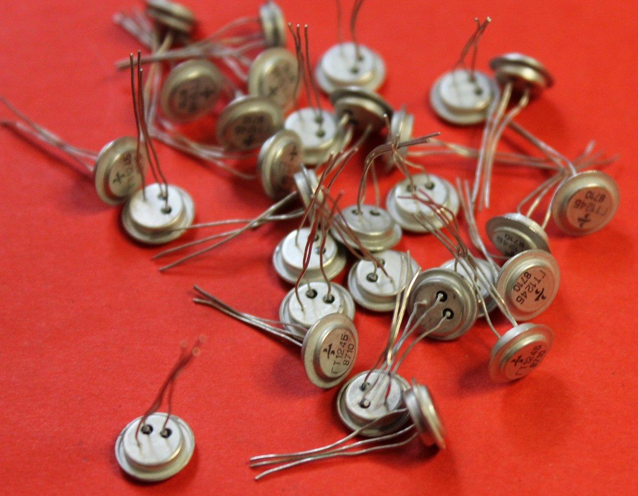 S.U.R. & R Tools GT124B analogue 2SA40, 2SB111, 2SB114 Transistors Germanium USSR 10 pcs