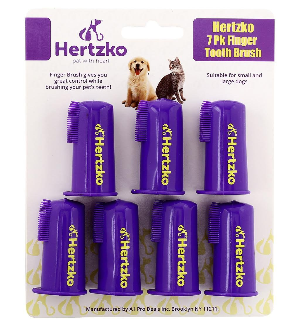 7 Pk Finger Tooth Brush by Hertzko –Gives you Great Control to Reach into the Back of your Dogs Mouth - Decreases the Risk of Teeth and Gum Problems - Advanced Oral Care for Dogs and Cats