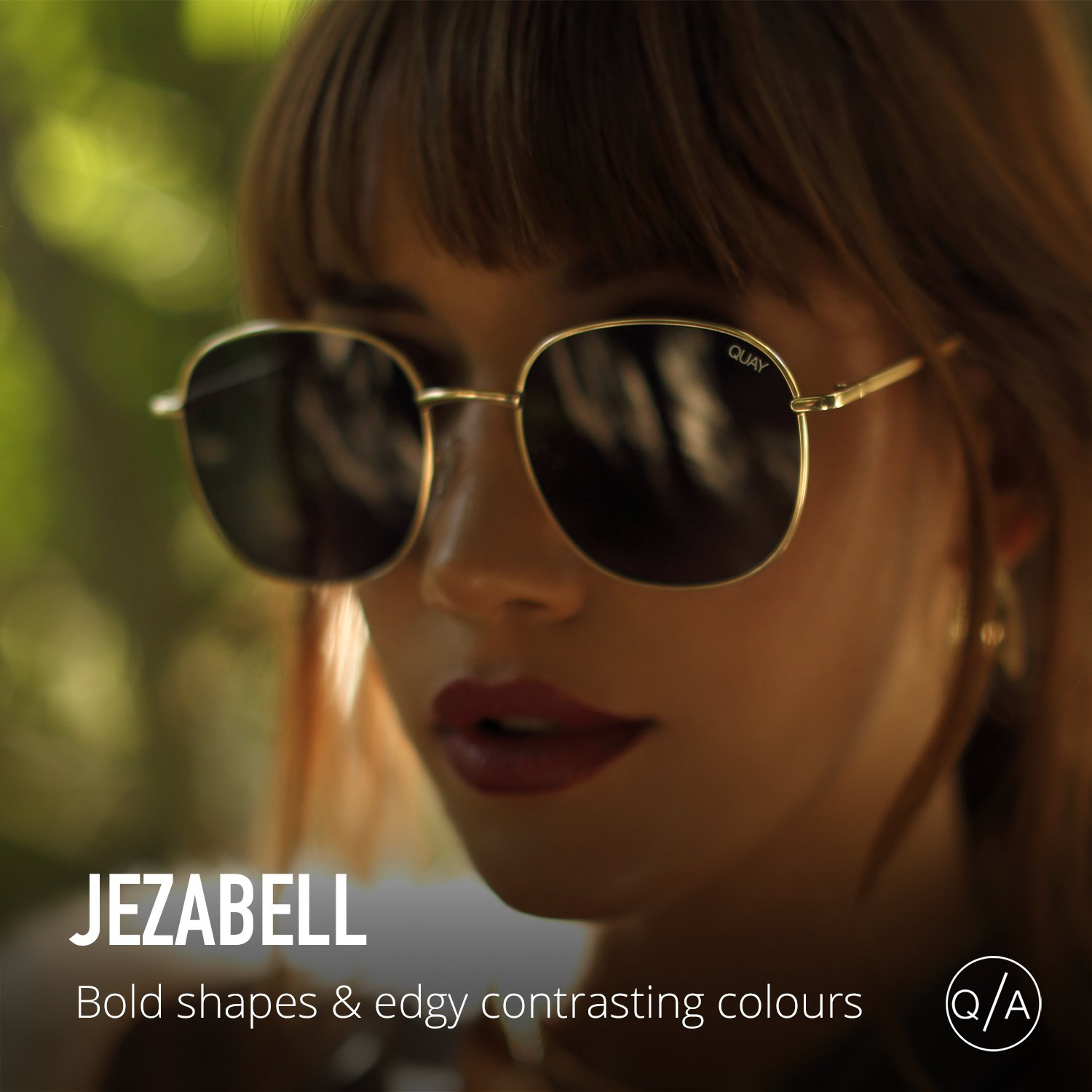 5ff9b4b790 Amazon.com  Quay Australia JEZABELL Women s Sunglasses Minimal Round  Sunnies - Gold Smoke  Clothing