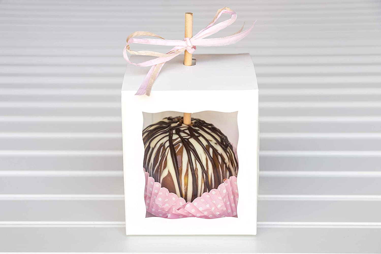 12 White Caramel Apple Boxes