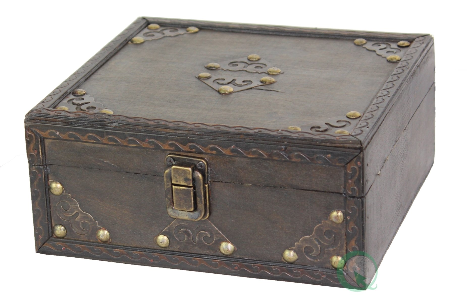 Vintiquewise TM Pirate Style Treasure Chest, Small