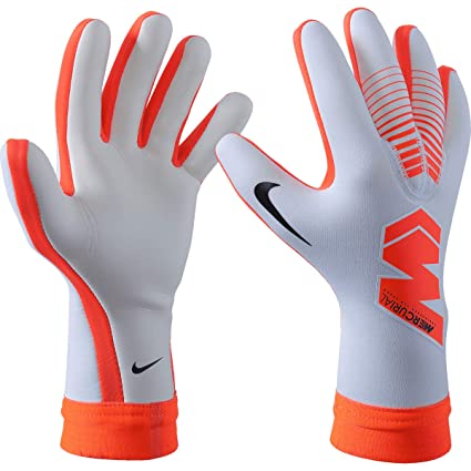 the best attitude fc727 63d56 Amazon.com : Nike Mercurial Touch Victory Goalkeeper Glove ...