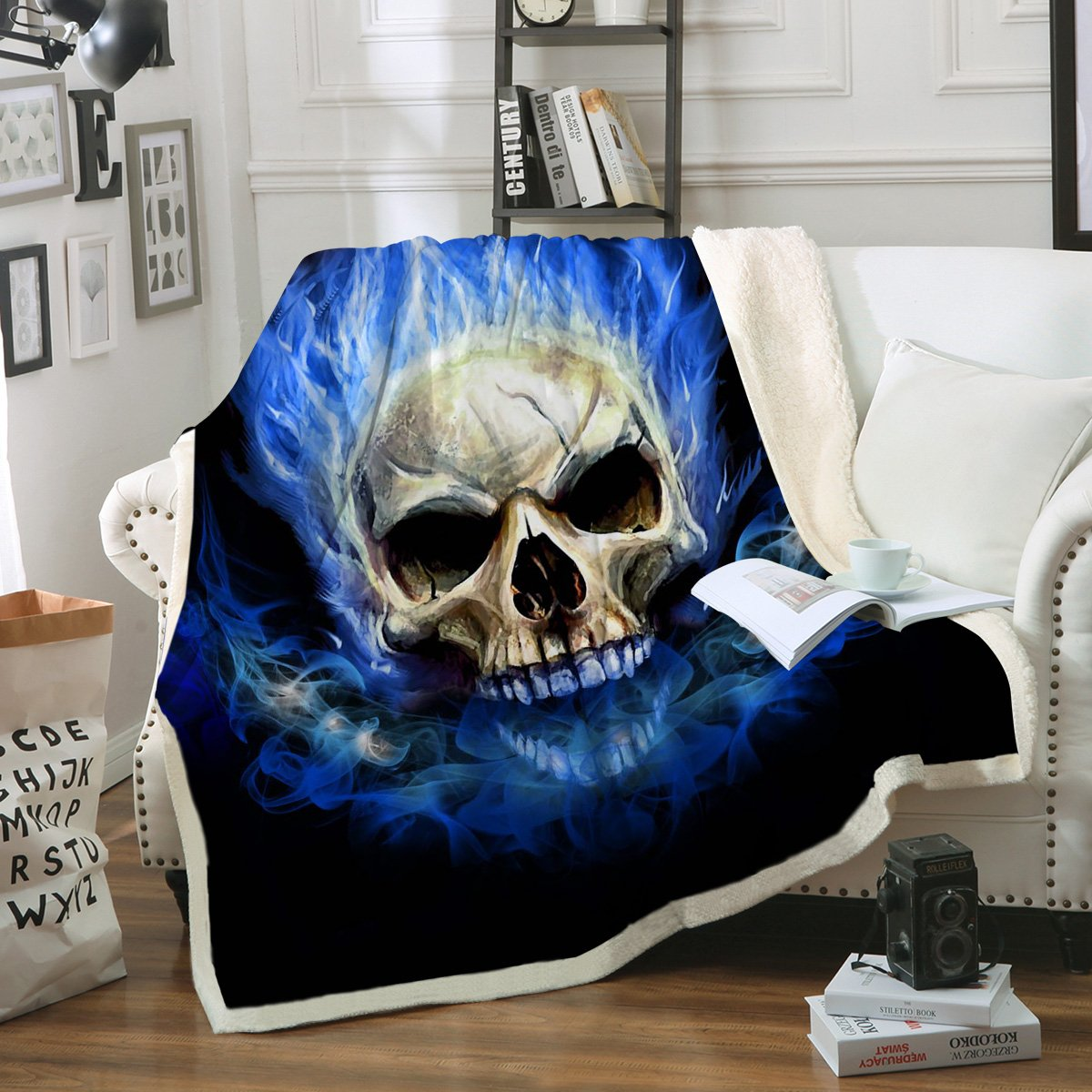 Sleepwish Blue Skull Fire Kids Throw Blanket Sherpa Flannel Fleece Reversible Blanket College Dorm Warm Blanket for Boys (50'' x 60'')