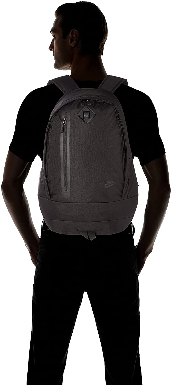 a4148645c5 Nike Cheyenne 3.0 Solid Sac à Dos Mixte Adulte, Black/Black/Black, 51 x  30.5 x 18 cm: Amazon.fr: Sports et Loisirs