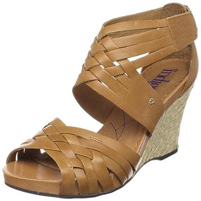 62bec32e951 Clarks Women s Pocomo Ankle-Strap Sandal