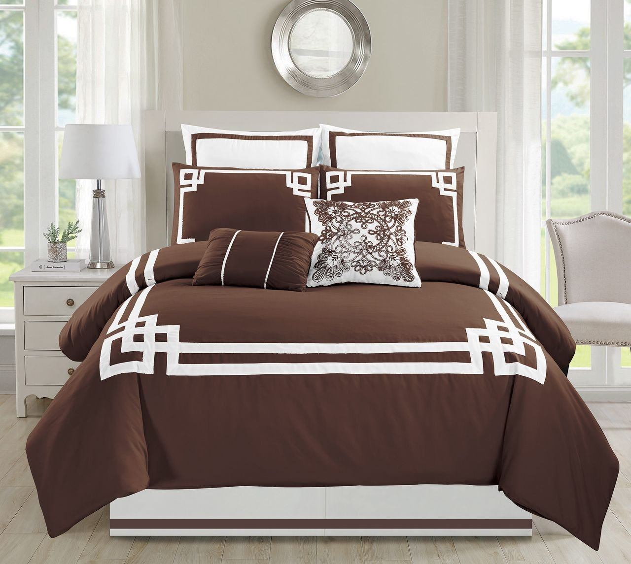 12 Piece Lucca Coffee Bed in a Bag Set Queen