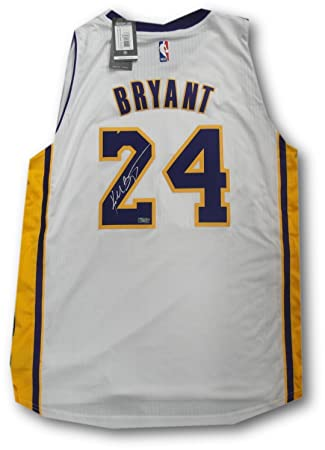 reputable site 2bcbb 52fa7 Kobe Bryant Hand Signed Autographed Swingman Jersey White LA ...