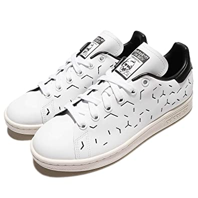 6c13cd70009bc Amazon.com | adidas Originals Women's Stan Smith Shoes BZ0393, Size 6  White/Black | Fashion Sneakers