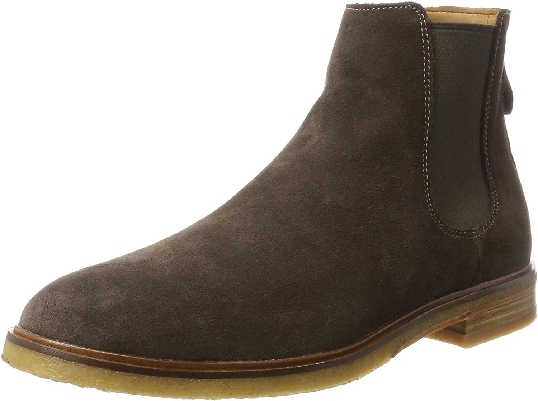 Clarkdale Gobi Chelsea Boots