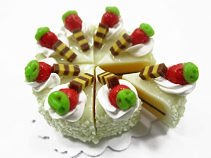 5Pcs Strawberry Cakes Miniature Food Models Dollhouse Accessories LF