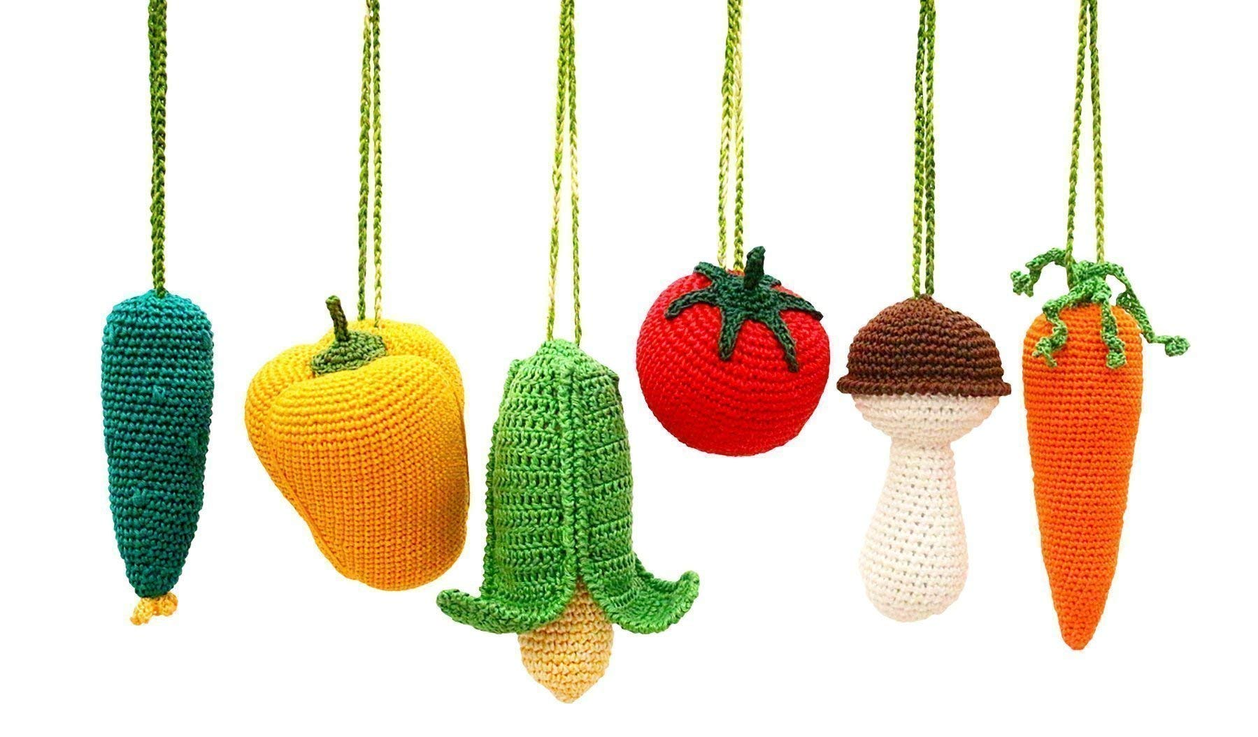Baby gym mobiles Vegetables Set of 6, play gym accessories, baby rattles, crochet veggies. Handmade in Eastern Europe. Baby shower gift. Gender neutral