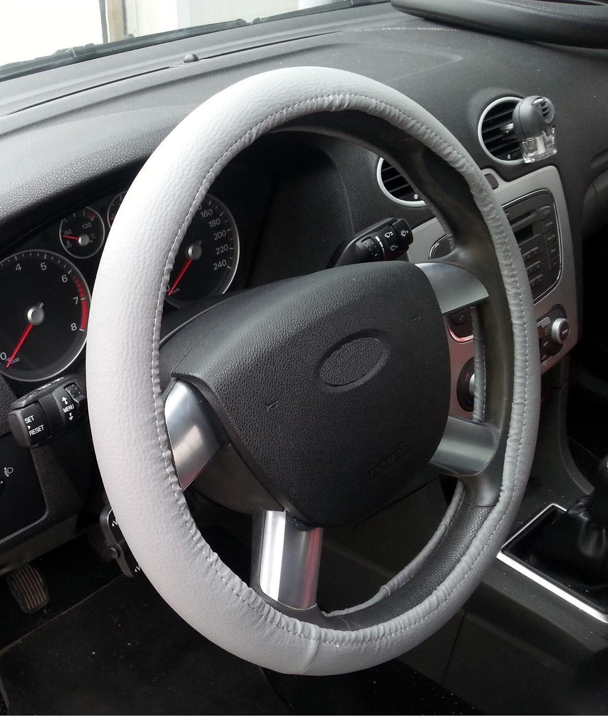 Renault Clio Black Genuine Leather Steering Wheel Cover Glove 37cm