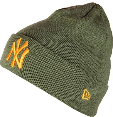 New Era League Essential Cuff NY Yankees Beanie  Amazon.co.uk  Clothing d762fc1f0a37