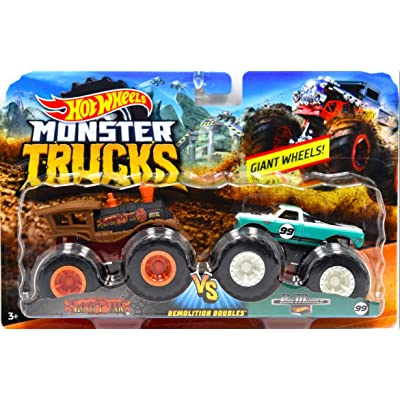 Hot Wheels Monster Jam Demolition Doubles Trucks with Giant Wheels 1:64 Die Cast Vehicles Loco Punk (Train) Vs Pure Muscle: Toys & Games
